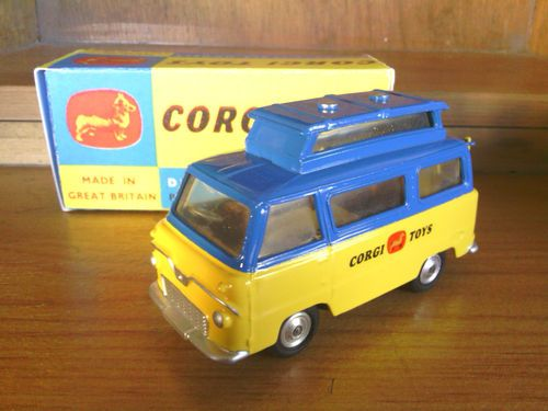 CODE 3 Ford Caravan Corgi Promotional