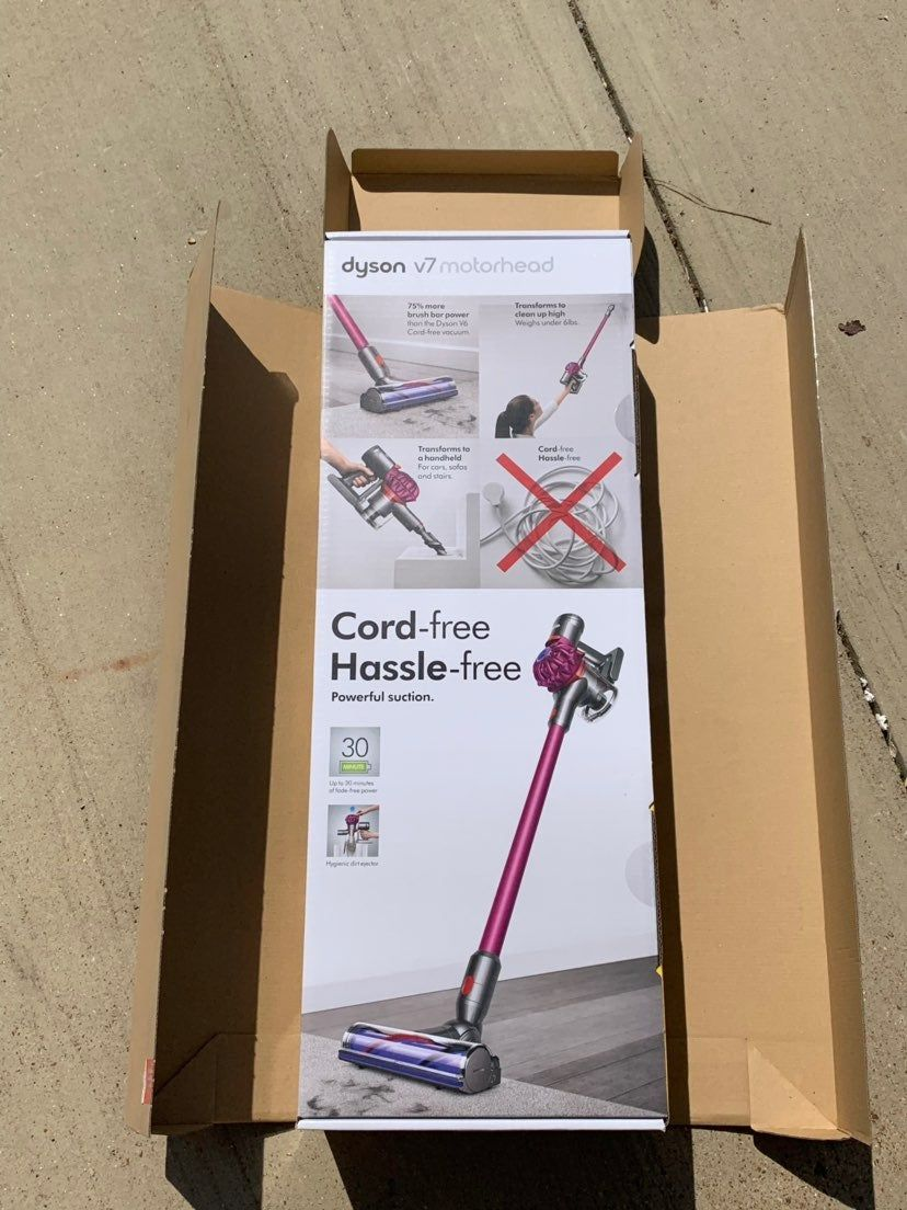 For Sale Is A Dyson V7 Motorhead It S Brand New Sealed In The Box Dyson Dyson Vacuums Vacuum Sealing