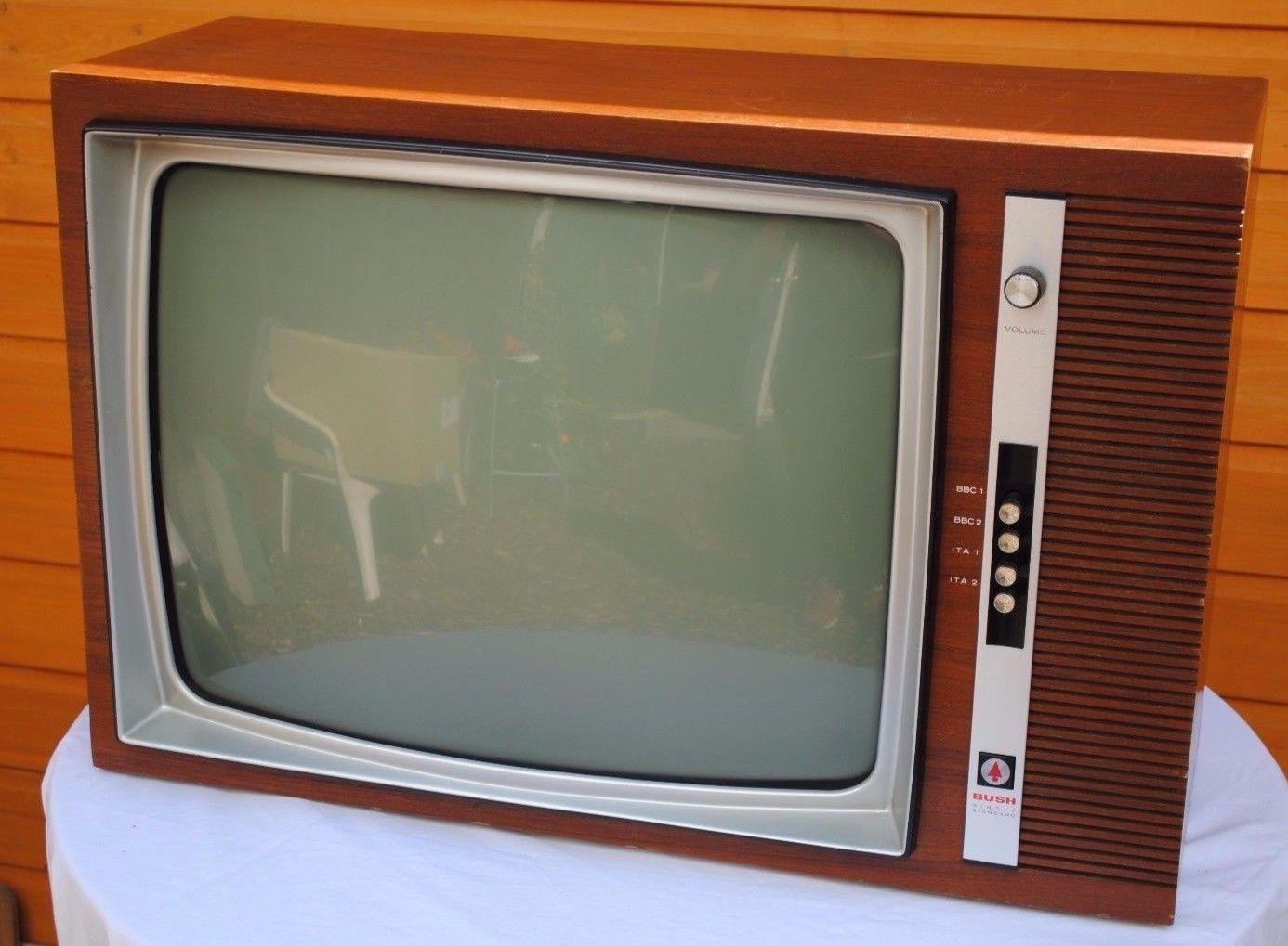 Vintage 1970s Bush Tv186ss 24 625 Line Black And White Valve