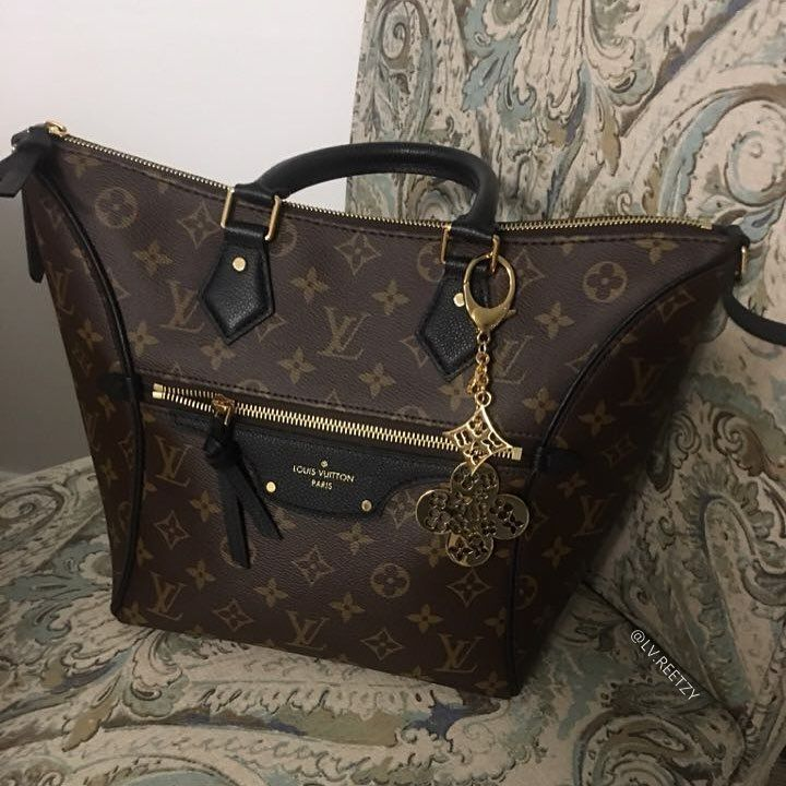 Louis Vuitton Addicted Lv Reetzy