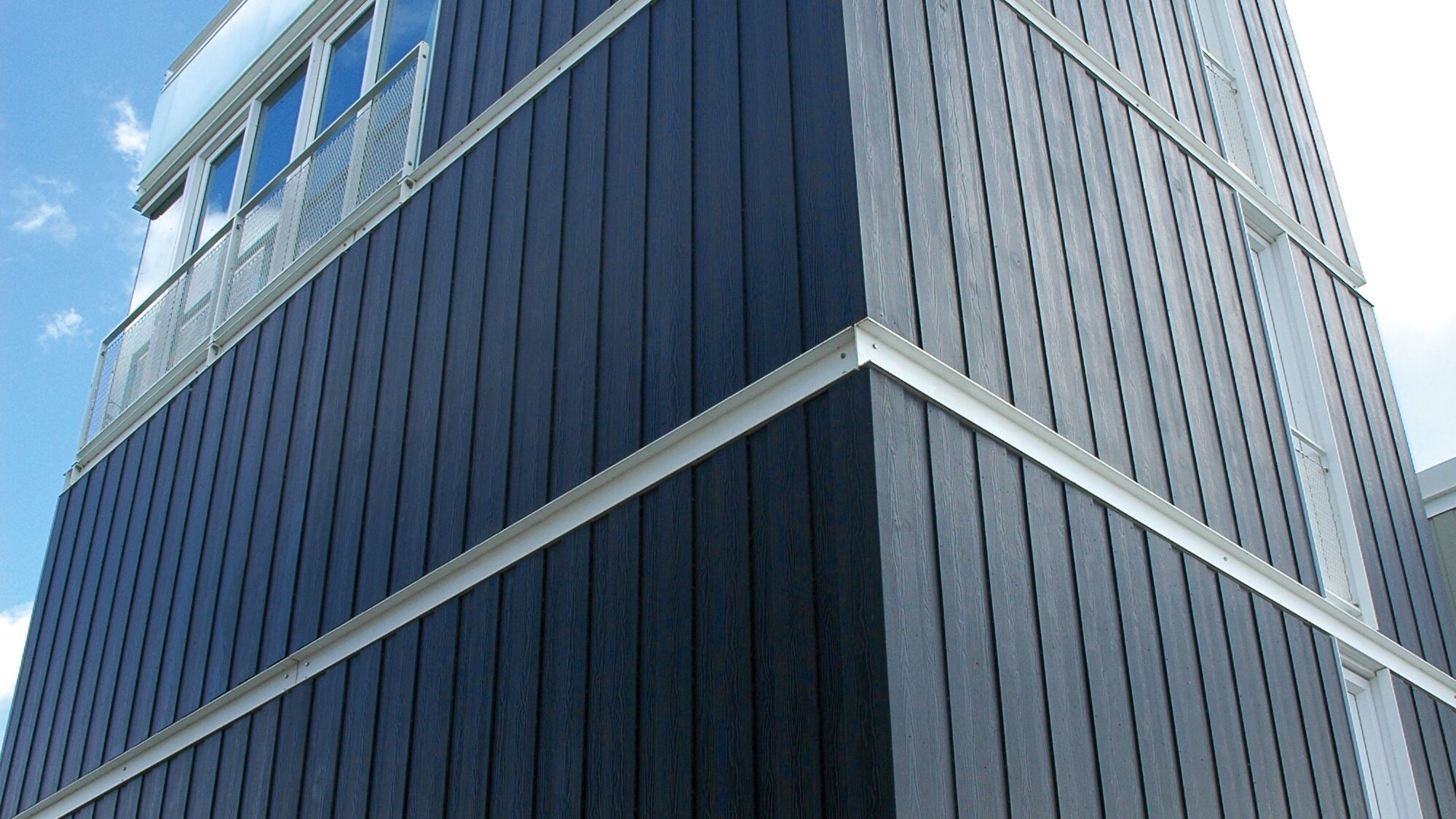 Eternit Fassade Alt Vertical Installation Of Cedral Weatherboard From Marley Eternit