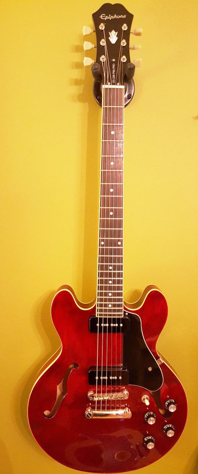 Epiphone ES 339 P-90 Pro hollowbody electric guitar with Alnico V P