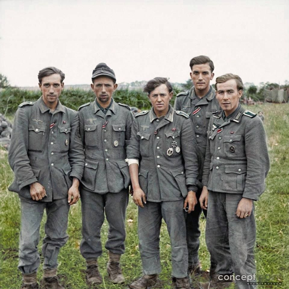 Day reenactment ww ii pictures pinterest - World War Ii Historical Pictures A Group Of Veteran German Prisoners Captured At Maltot