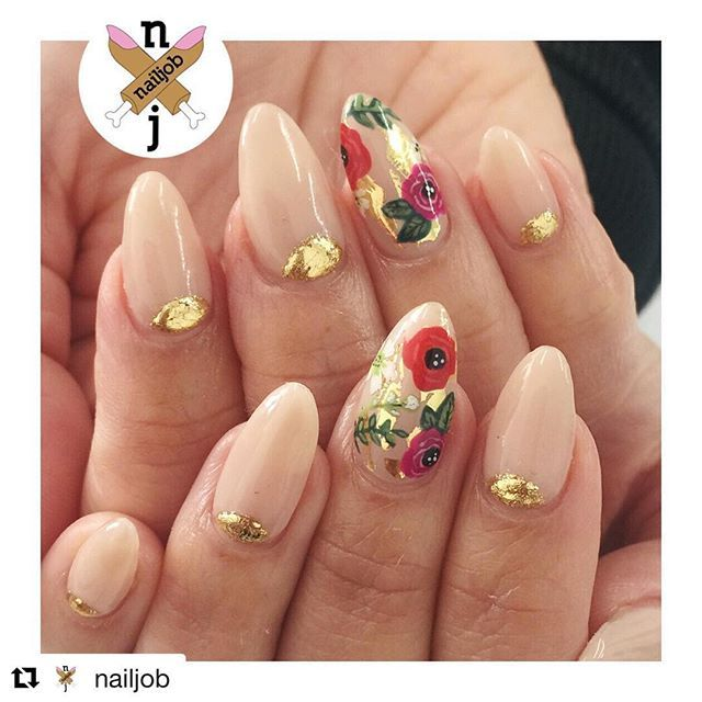 #Repost @nailjob with @repostapp ・・・ To the Garden for @bellamoure_ - we defs referenced some @ninanailedit florals for this one  #nailjob  Someone let me do this to them