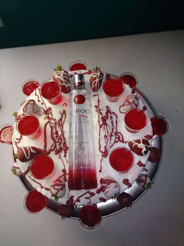 Pin By Berly Lopez On Ciroc Cake With Jello Shot In 2019