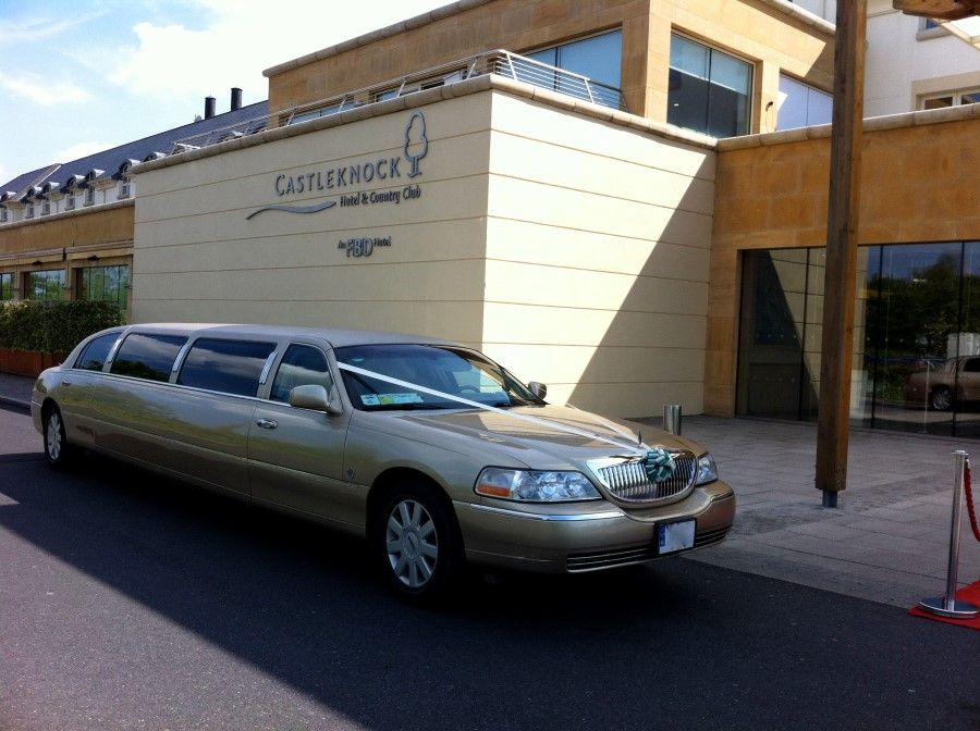 To get the best deals on luxury limousine service for