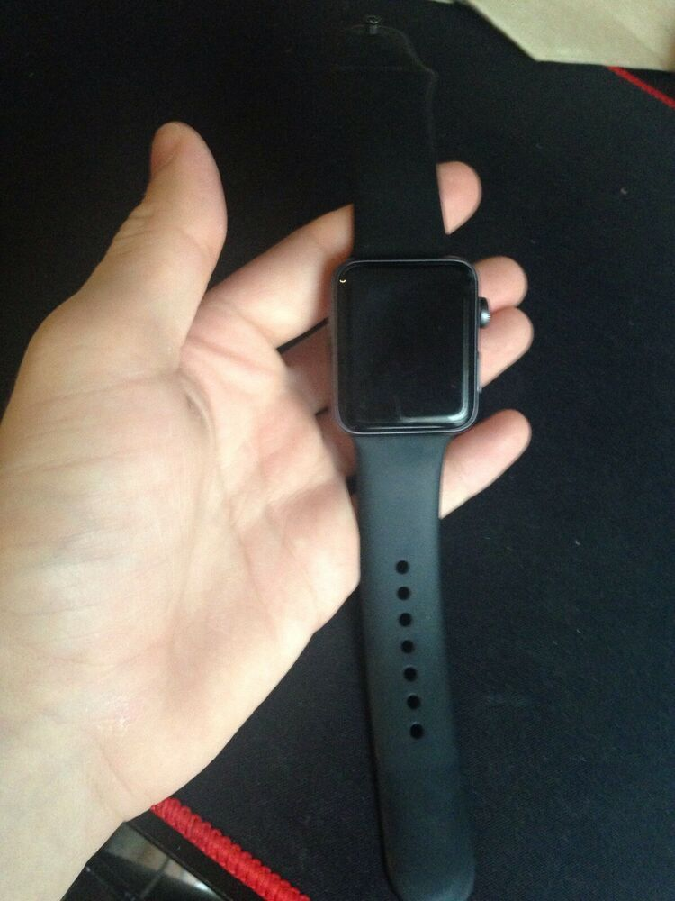 Apple Watch Series 3 42mm Space Gray Aluminium Case with
