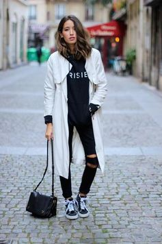 long trench coat | #streetstyle
