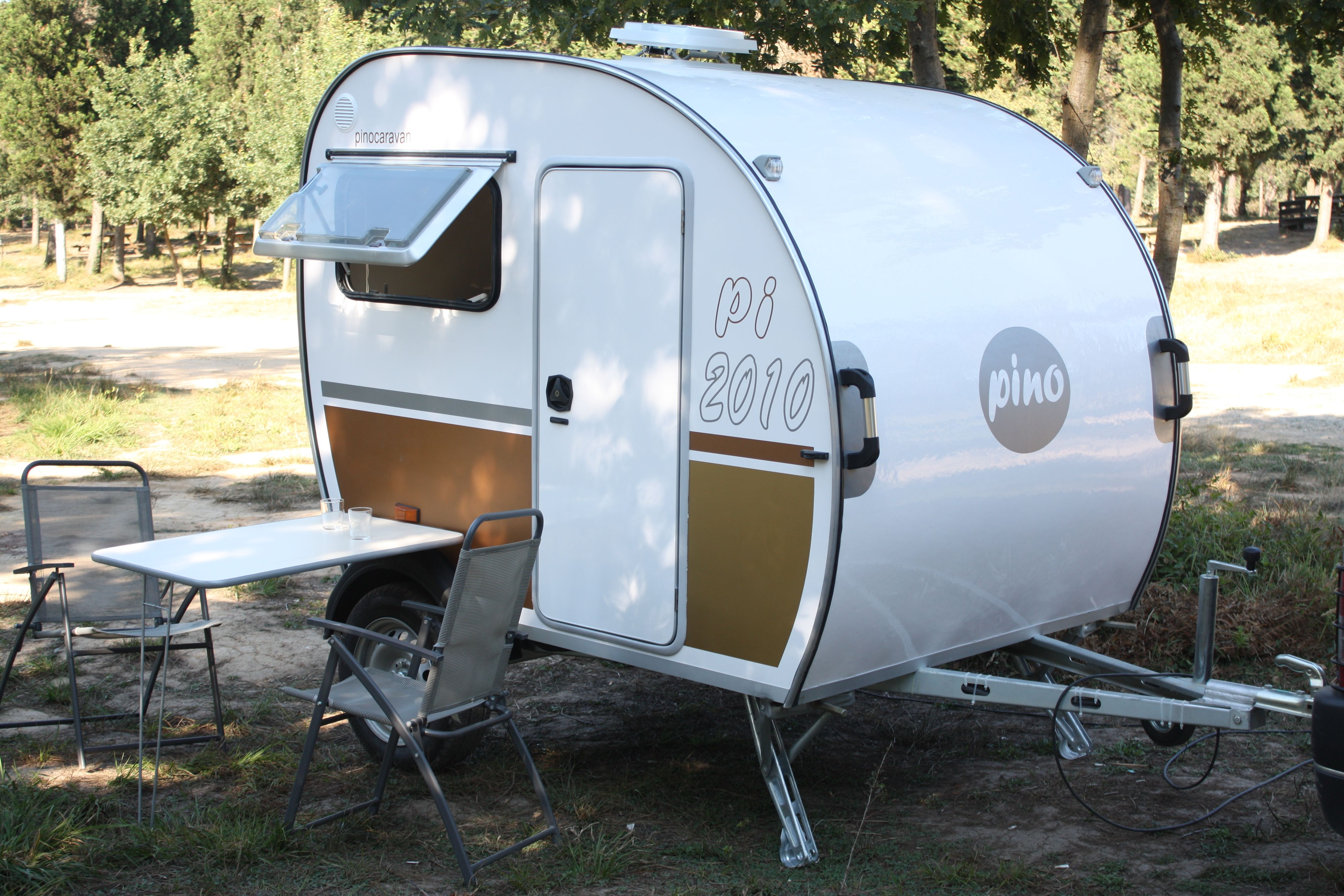 www.pinocaravans.co.uk Special design, pod caravans, mini-trailers https://www.facebook.com/pinocaravans?fref=ts