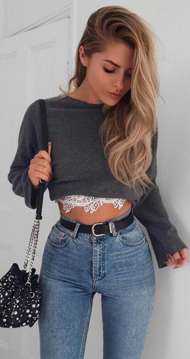 Looks Edgy With 25 Stylish Cropped Sweater Outfits Ideas