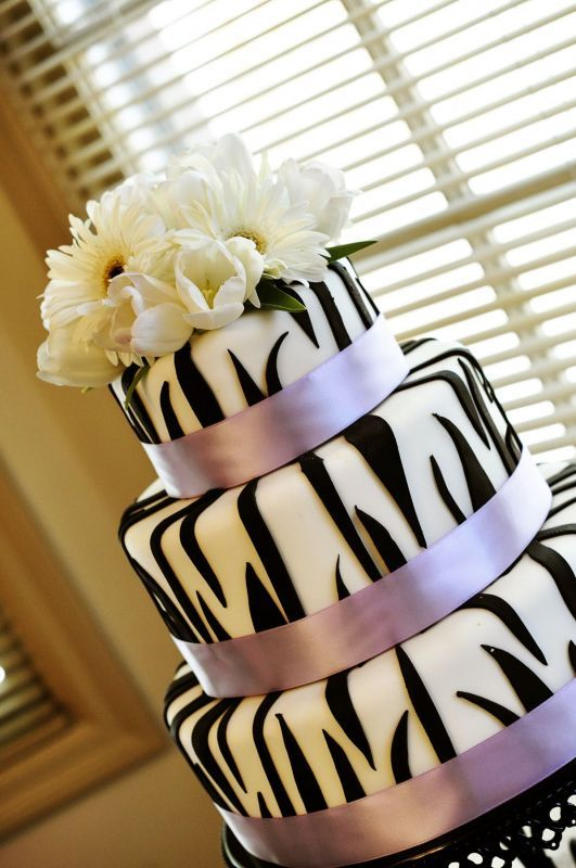 Photo via cheetah cakes zebra print and white cakes project wedding is now weddingwire junglespirit Gallery