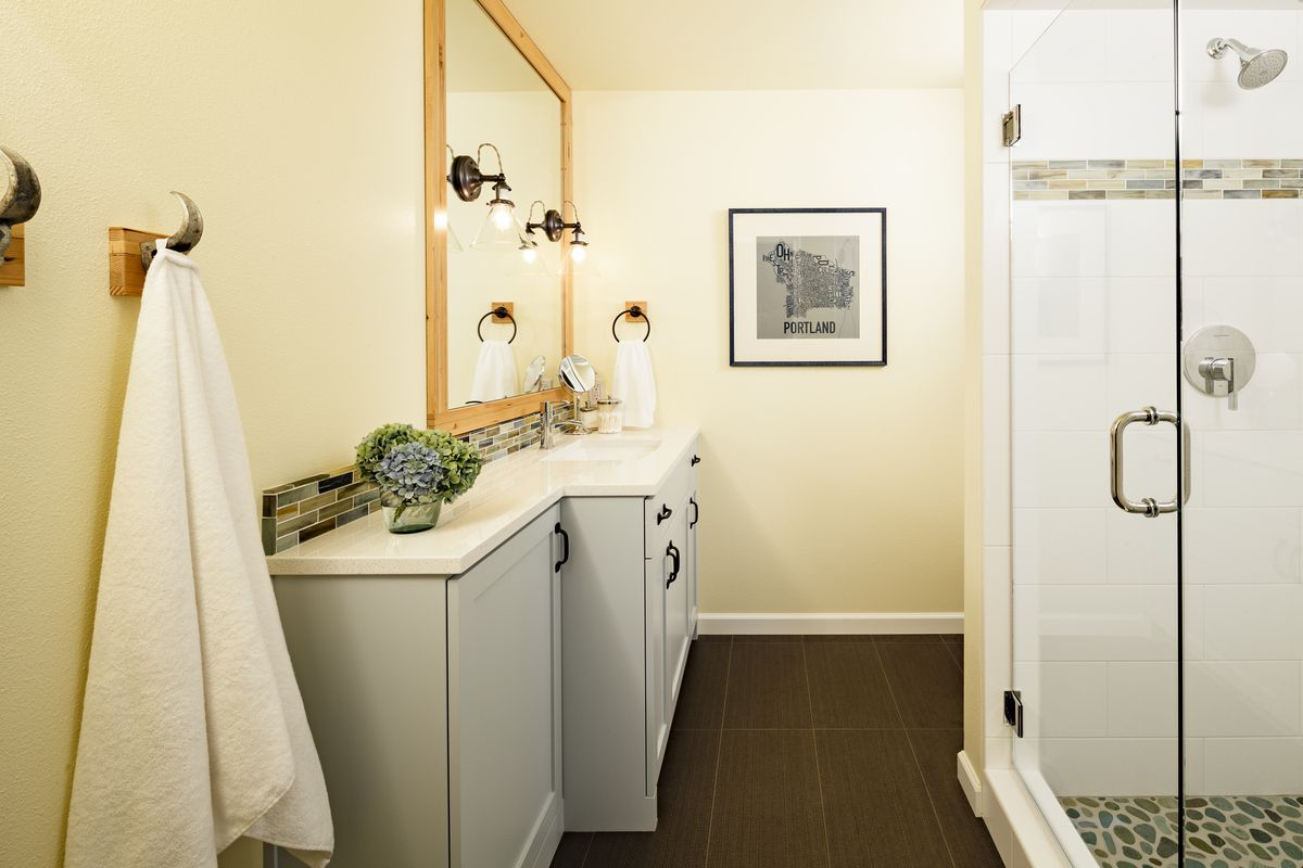 vintage bathroom lighting pictures | 1yellowpage