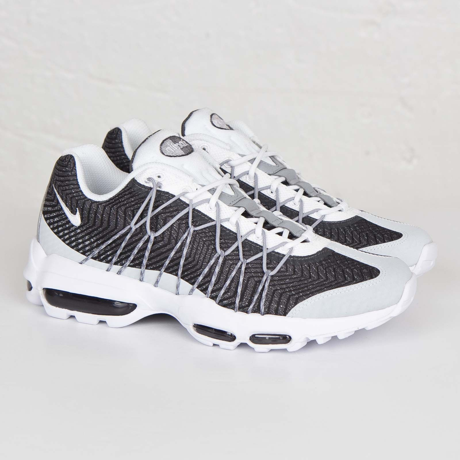 Nike Air Max 95 Essential South Beach Black Wolf Grey
