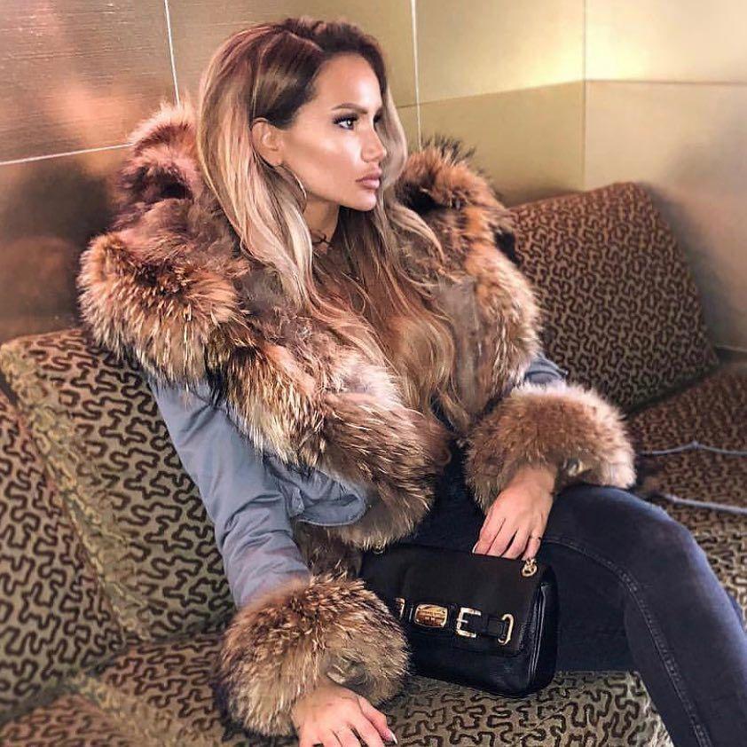 MOMKER Womens Down Jacket Winter Long Parka Coat with Raccoon Fur Hooded