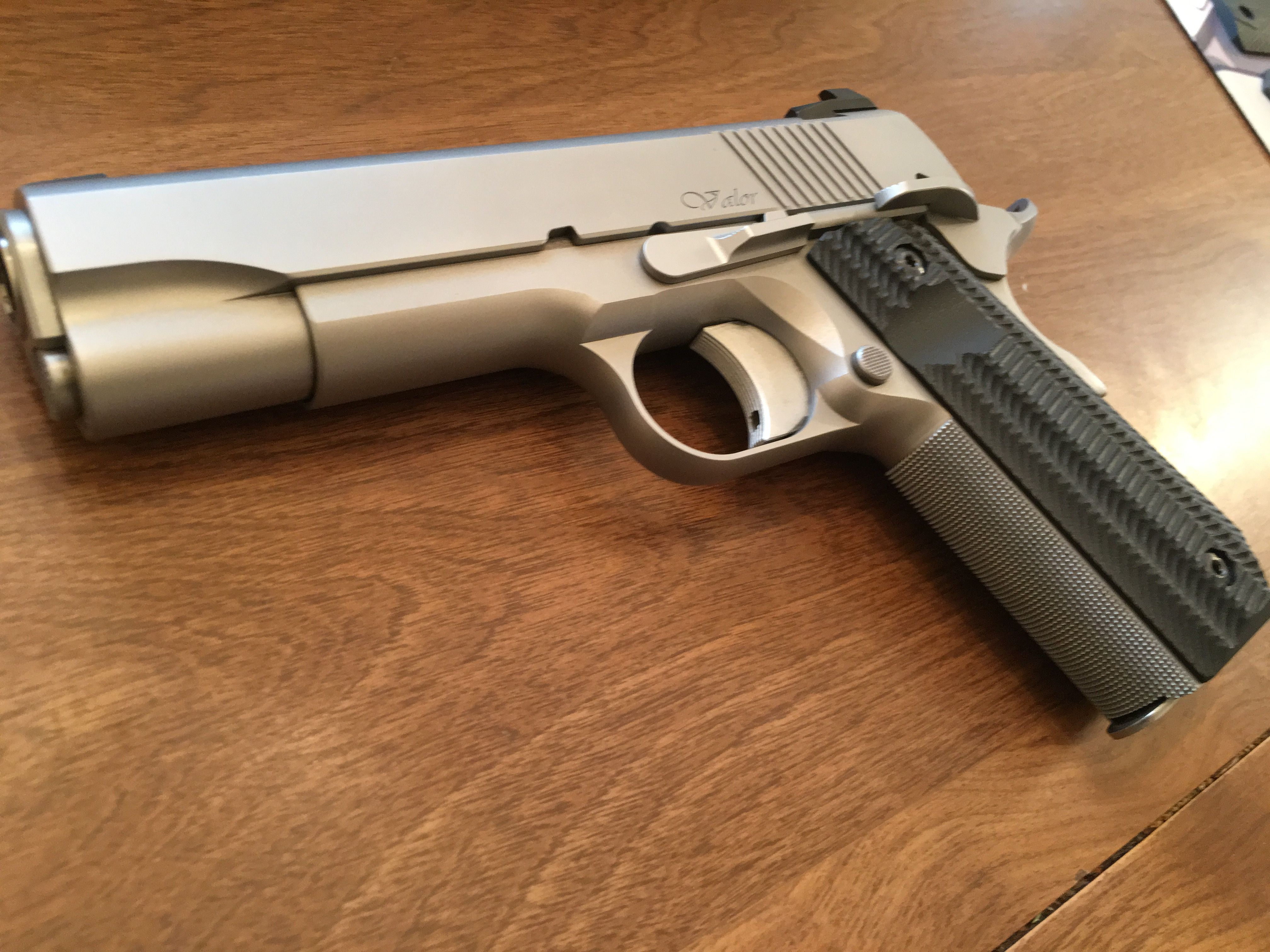 Pin by RAE Industries on Cool stuff | Hand guns, Guns, Firearms