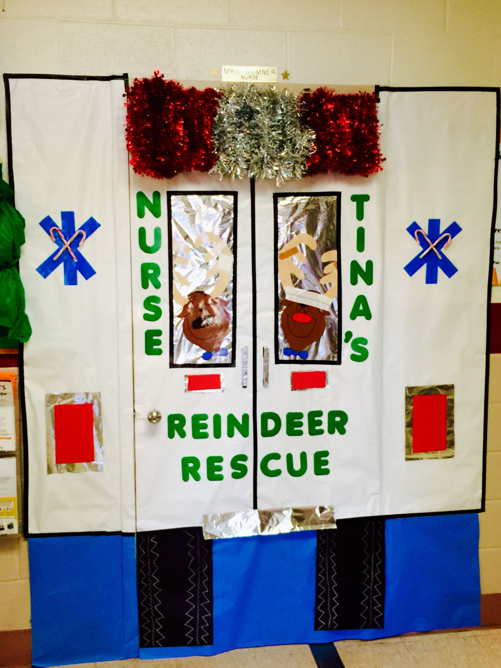 Christmas Door Decorating Contest At Our School The Kids