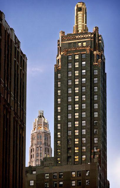 Carbide Carbon Building 1929 Tower 230 North Michigan Avenue Chicago Illinois Chicago Architecture Amazing Architecture Chicago Photos