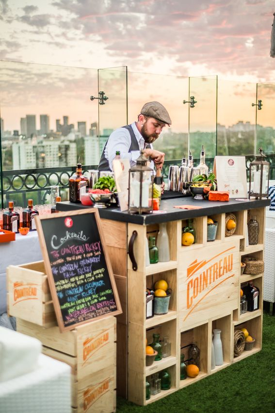 Orange Crush Cocktail Party #CointreauSoiree http://bit.ly/1mTaiBn