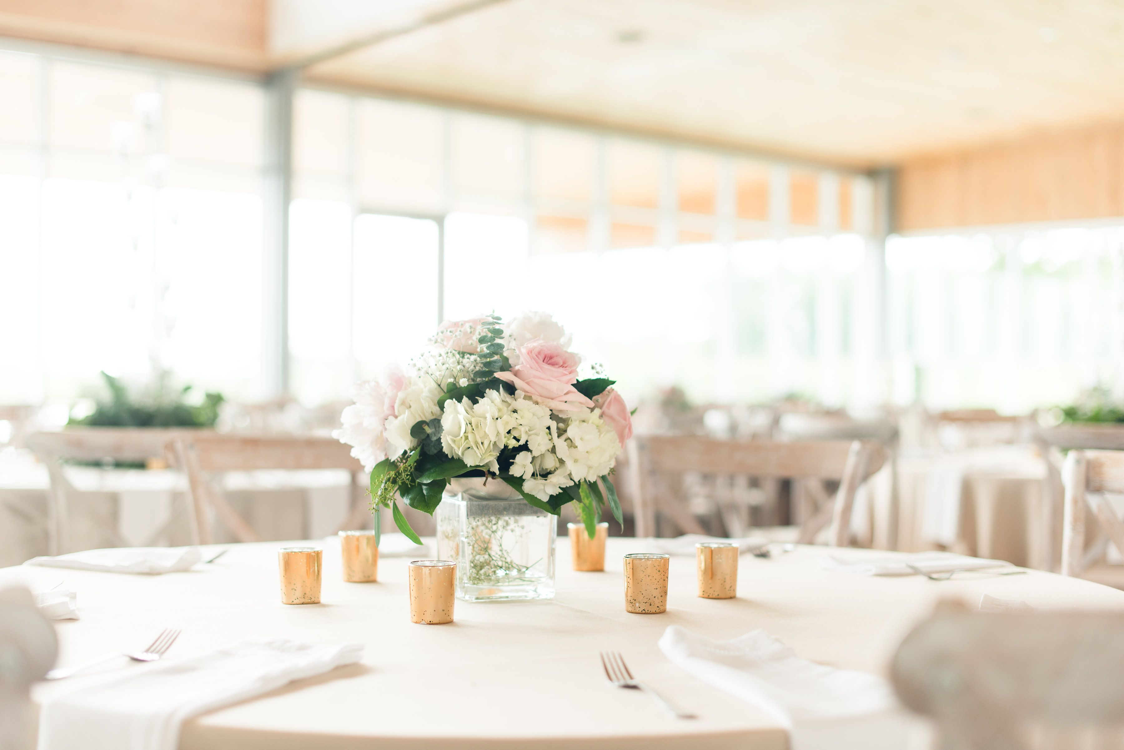 5 Steps To Planning Your Dream Contemporary Wedding The Pink Bride Contemporary Wedding Gold Wedding Reception Pink Bride