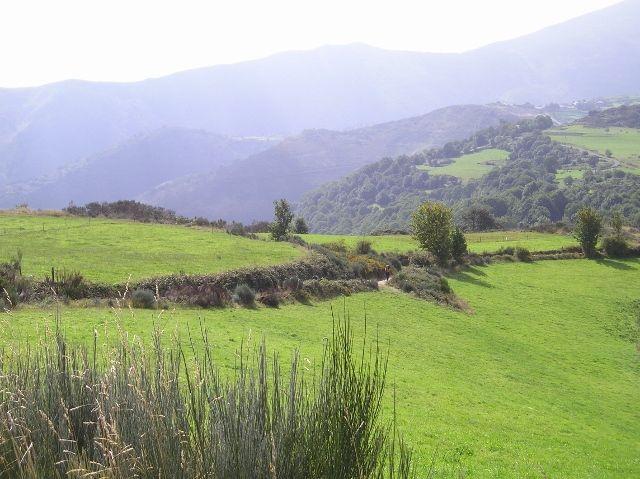 Crossing from León  into Galicia.