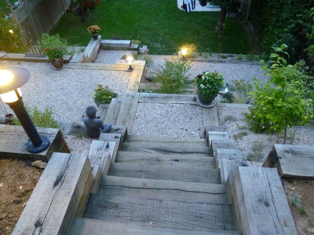 Escalier en traverses de ch ne escalier ext rieur jardin for Escalier traverse
