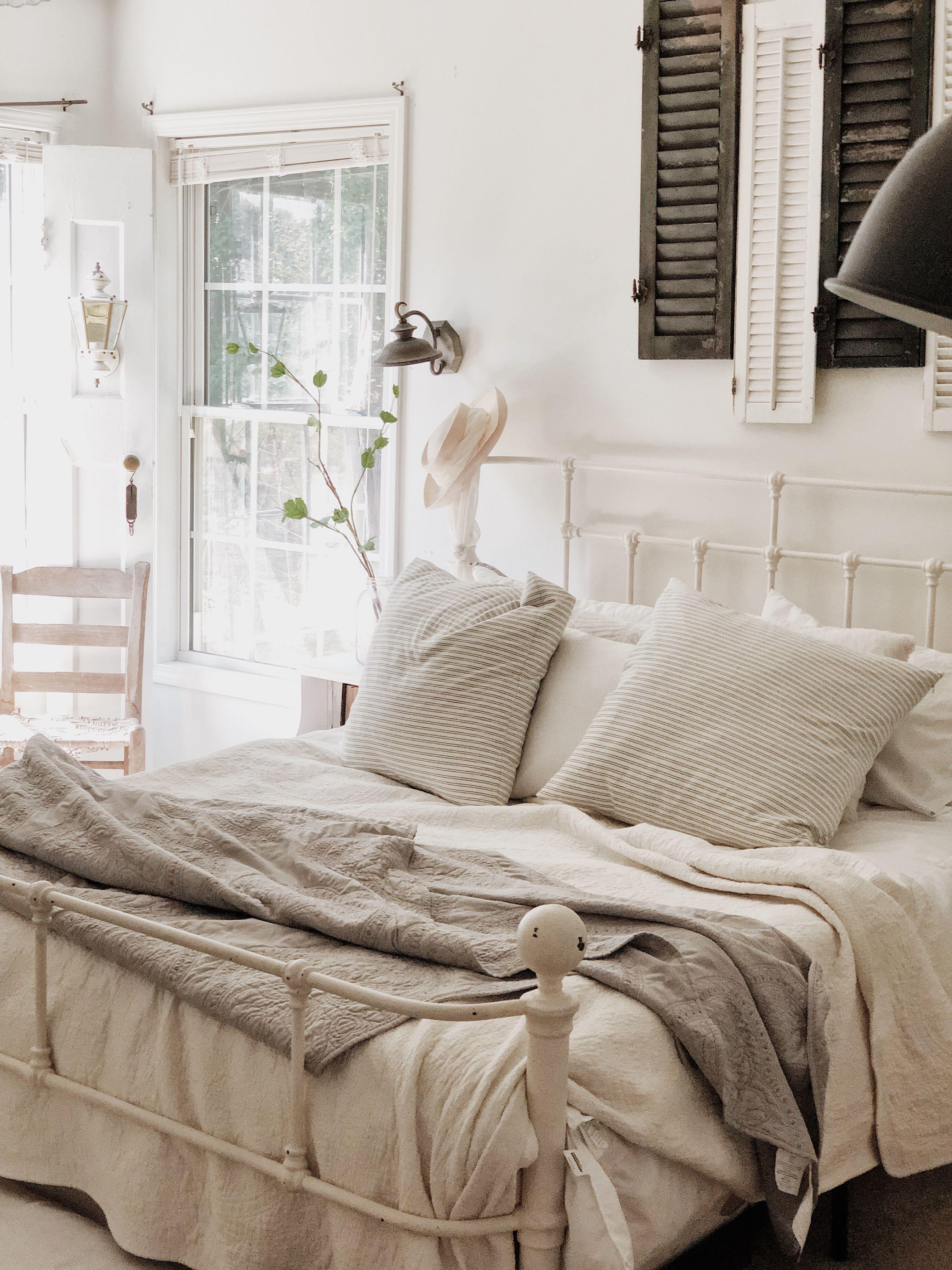 Cozy cat cottage summer master bedroom decor master