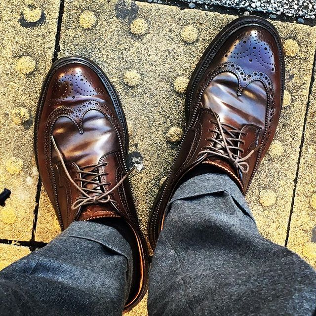 2016/12/02 08:29:15 taiyoukai37 . 昨日ガッツリ卓球したから膝が痛い💦 有給で休んだ分、朝から全開👍💫 . #双子兄の単願推薦が決まった #嬉しいけど、 #高校私立か... . #オールデン#ウイングチップ #コードバン #alden#cordovan#instagram#instagood#followme#shoes#snapshot#shoesfashion#instashoes#wingtip#trickers#shoe#ootd#4yuuu#fashion_pic_japan#coordinate#code#きれいめカジュアル#instafashion#足元倶楽部#あしもとくらぶ#あしもと倶楽部#お洒落さんと繋がりたい
