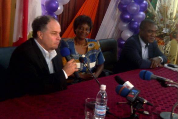 REVUE DE PRESSE - « La ministre ivoirienne de l'éducation nationale et de l'enseignement technique, Kandia Camara, a été frappée par l'adaptabilité du modèle. Pour notre part, nous sommes heureux d'être en Côte d'Ivoire parce que je suis amoureux de l'Afrique », s'est réjoui M. Levesque. http://bit.ly/ZqcbJL