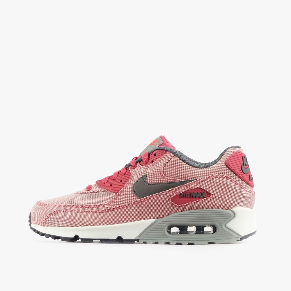 uk availability 21ced bd23f Nike womens running shoes are designed with innovative features and  technologies to help you run your best  whatever your goals and skill level.
