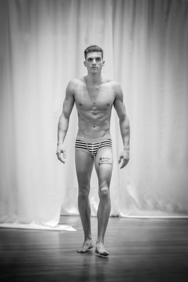 Nude Men Fashion Show