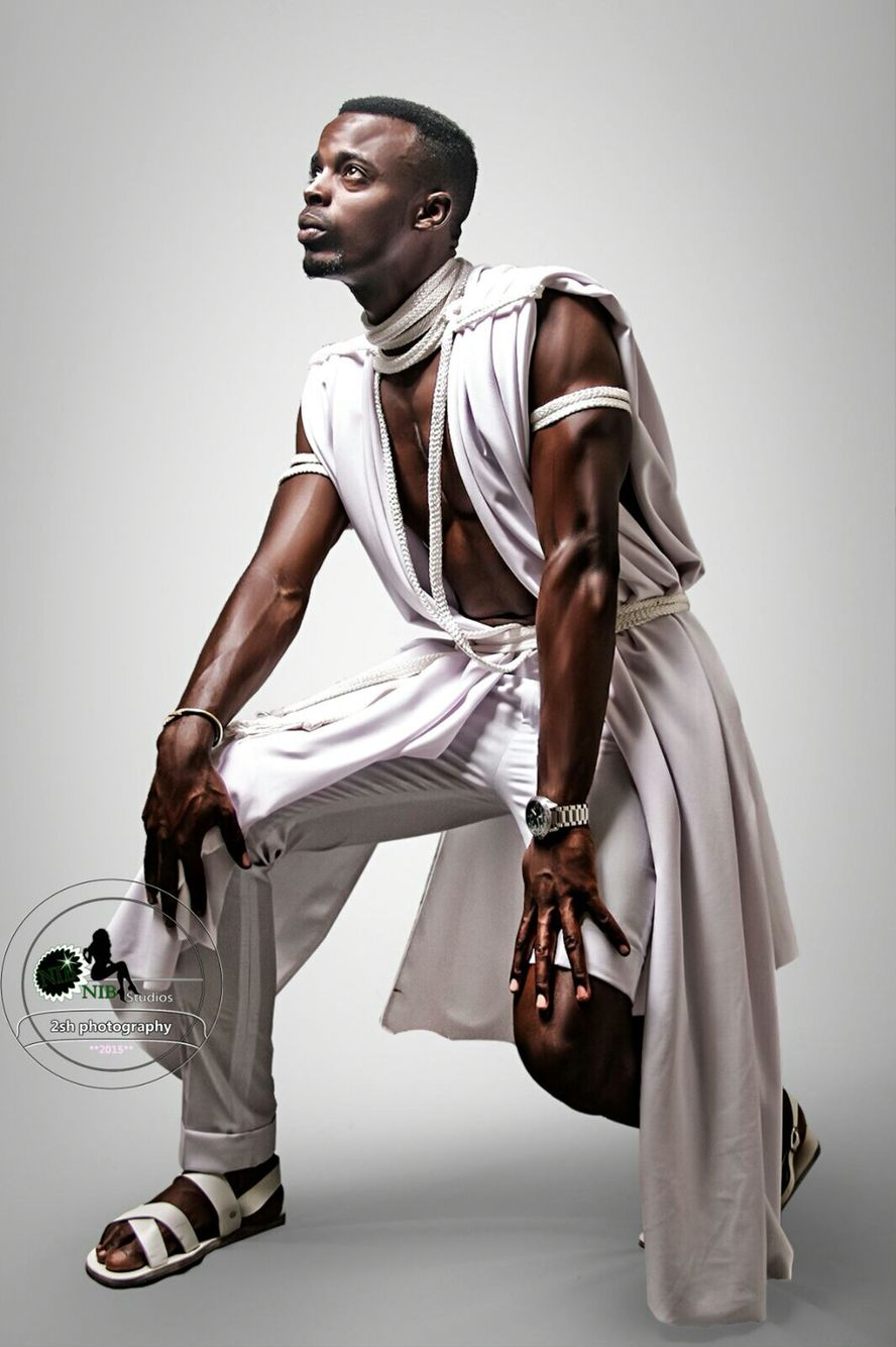 Moshions outfit that won the prize of 1st creative male Dîner en blanc Kigali