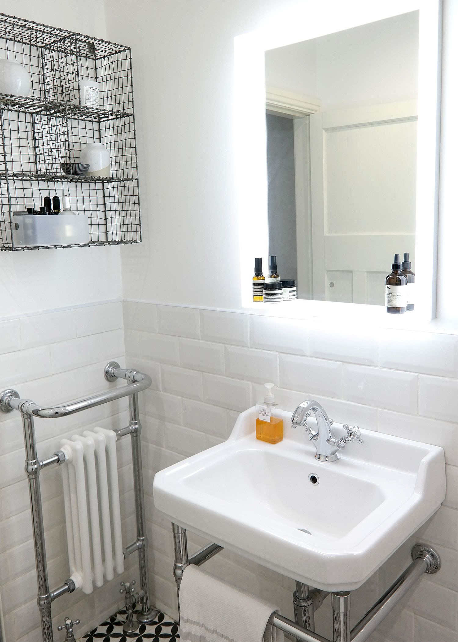 Want to see more pictures of Joe\'s scandi-style vintage bathroom ...