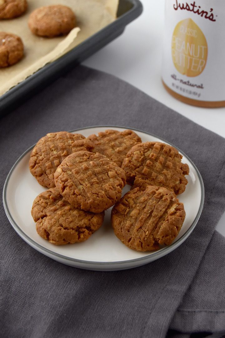 These Peanut Butter Oatmeal Cookies take 20 minutes to whip up, and are a wholesome peanut-buttery treat. With just 5 ingredients you always have on hand, this will become your new favorite cookie.