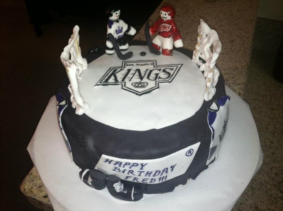 Go Kings Go Birthday cake LA kings CraftsByMommy Pinterest