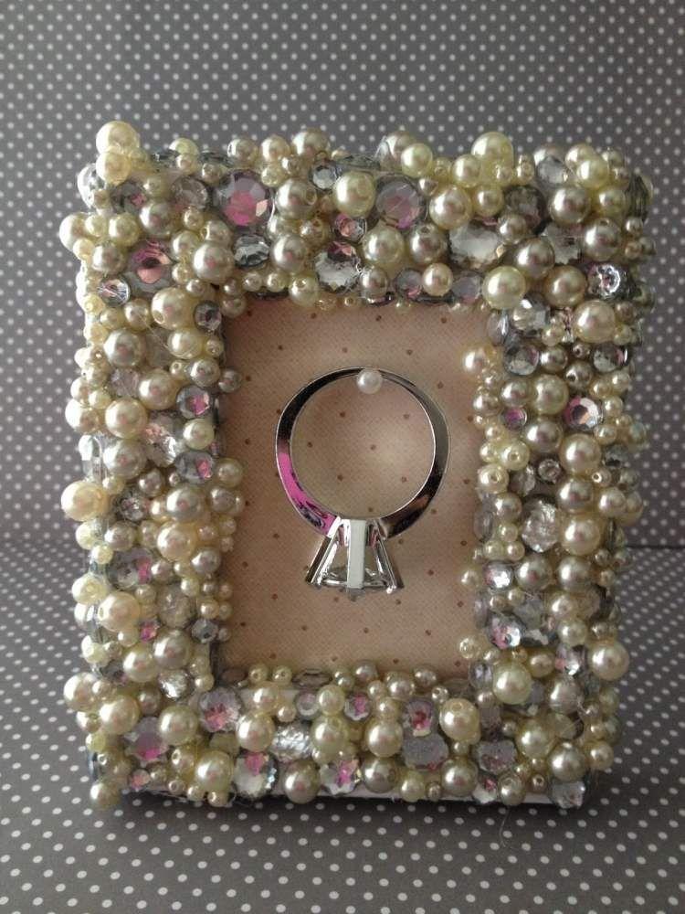 Bilderrahmen gestalten ideen  besonders chices und glamouröses Bilderrahmen mit Perlen und ...