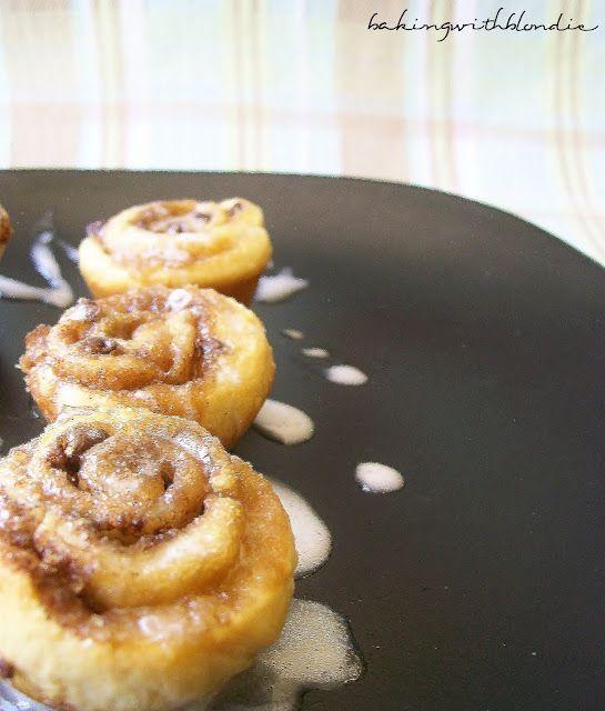 Easy Mini Cinnamon Rolls - so easy!