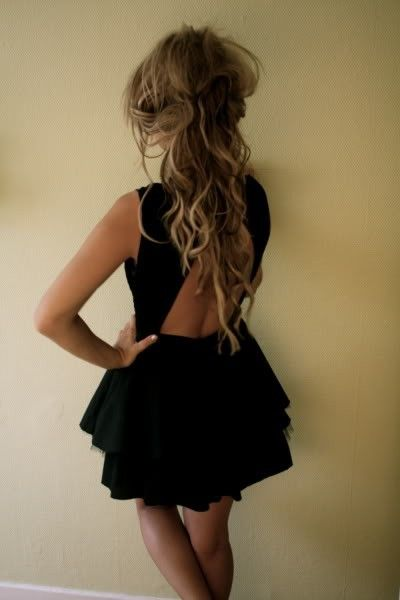 love the hair and the dress