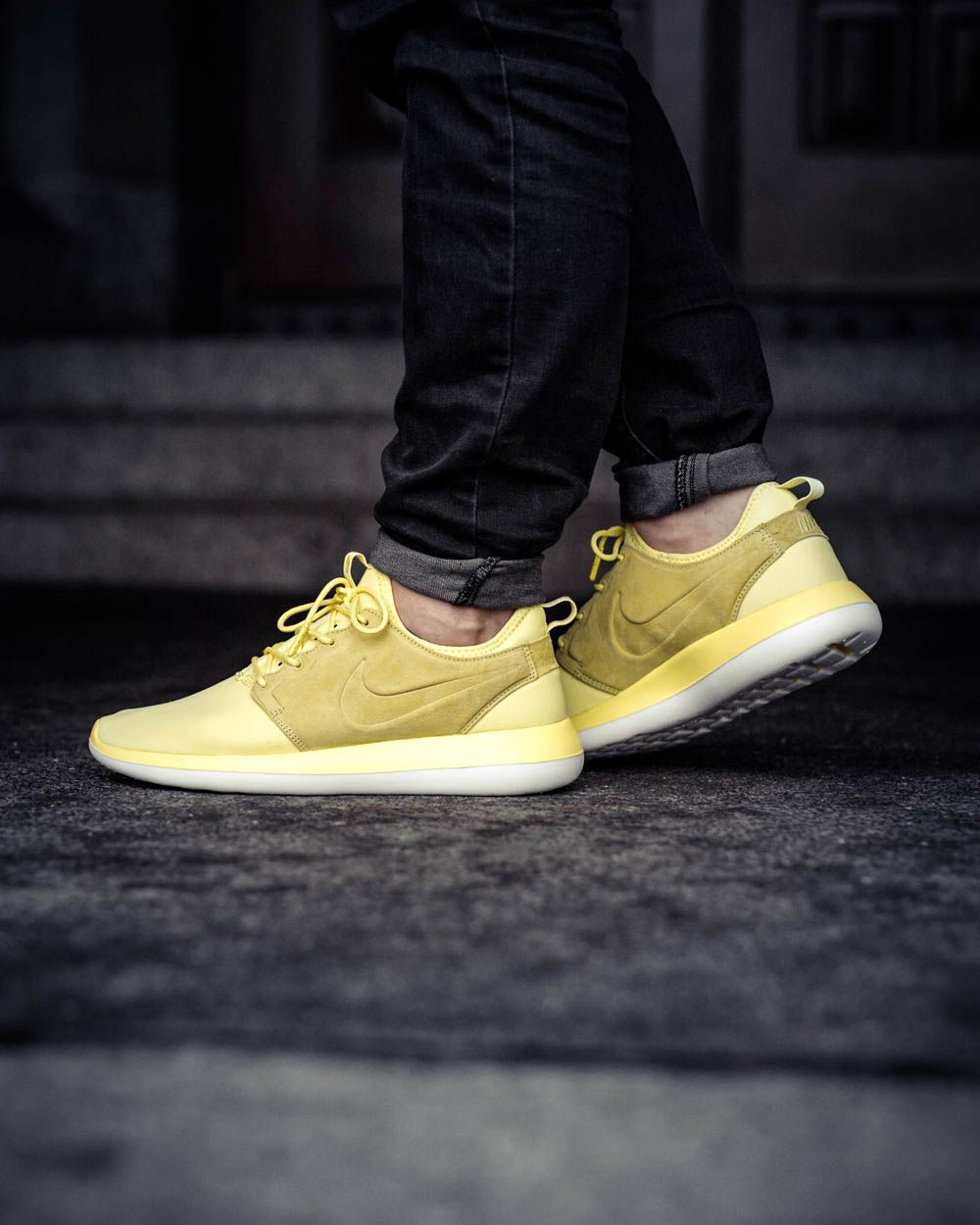 official photos c9cd7 bcbcf NIKE Roshe Two Breeze  Lemon Chiffon
