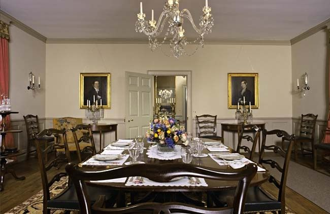 Amazing Bassett Hall   Dining Room (Colonial Williamsburg) This House Especially  Interests Me For Its Monochrome Color Palettes (click Through For More  Rooms).
