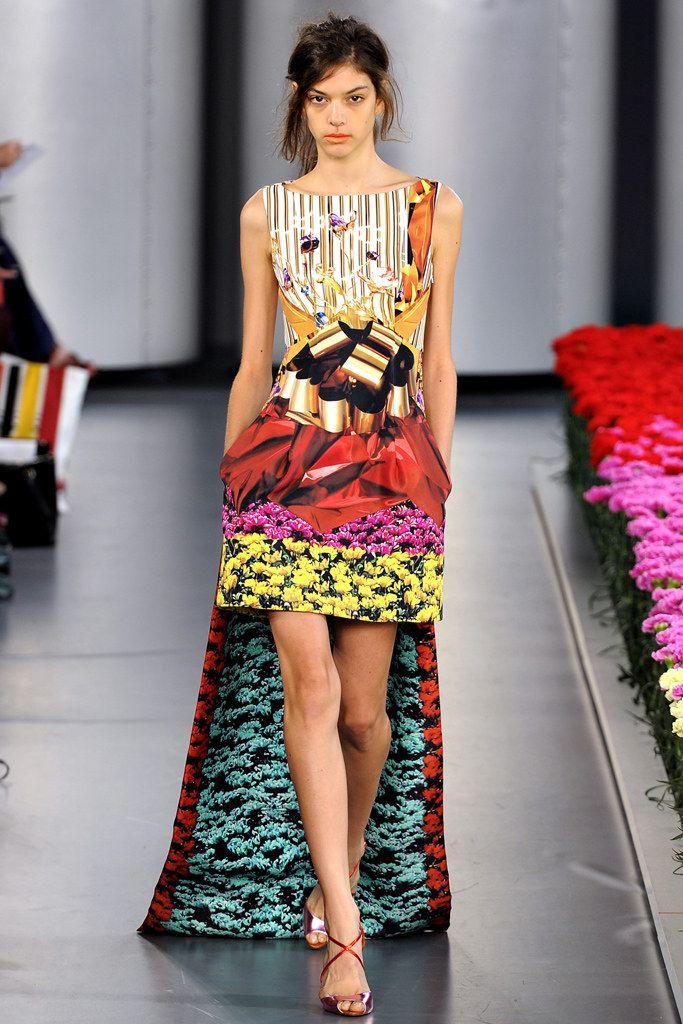 Mary Katrantzou Spring 2012 Ready-to-Wear Fashion Show - Marta Ortiz