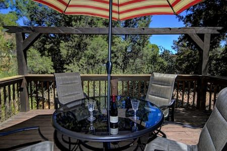 sedona rental weekly arizona a vacation monthly and cabins az in log rentals guesthouse