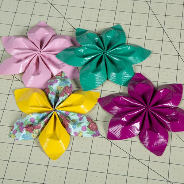 How To Make Duck Tape String Flowers Crafts Duck Tape Tape