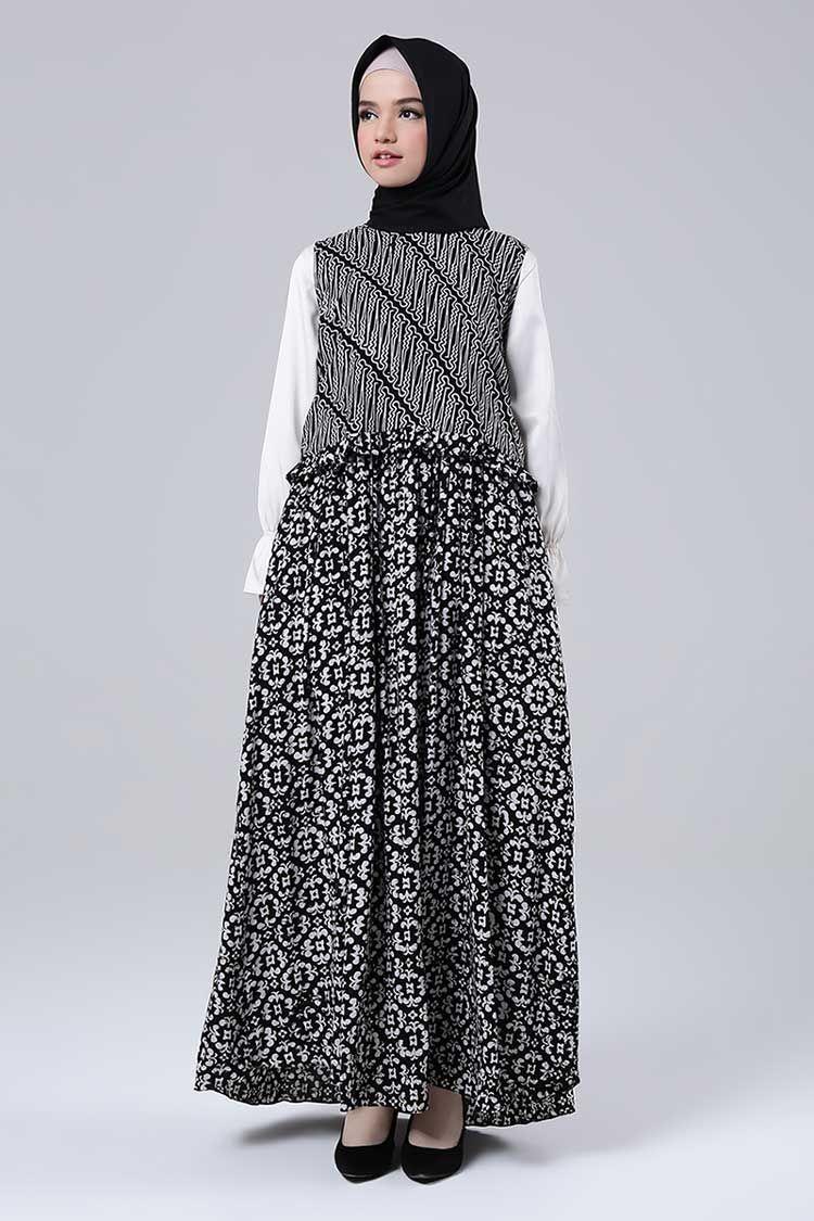 Model Gamis Batik Yang Cocok Untuk Orang Gemuk di 8  Wanita
