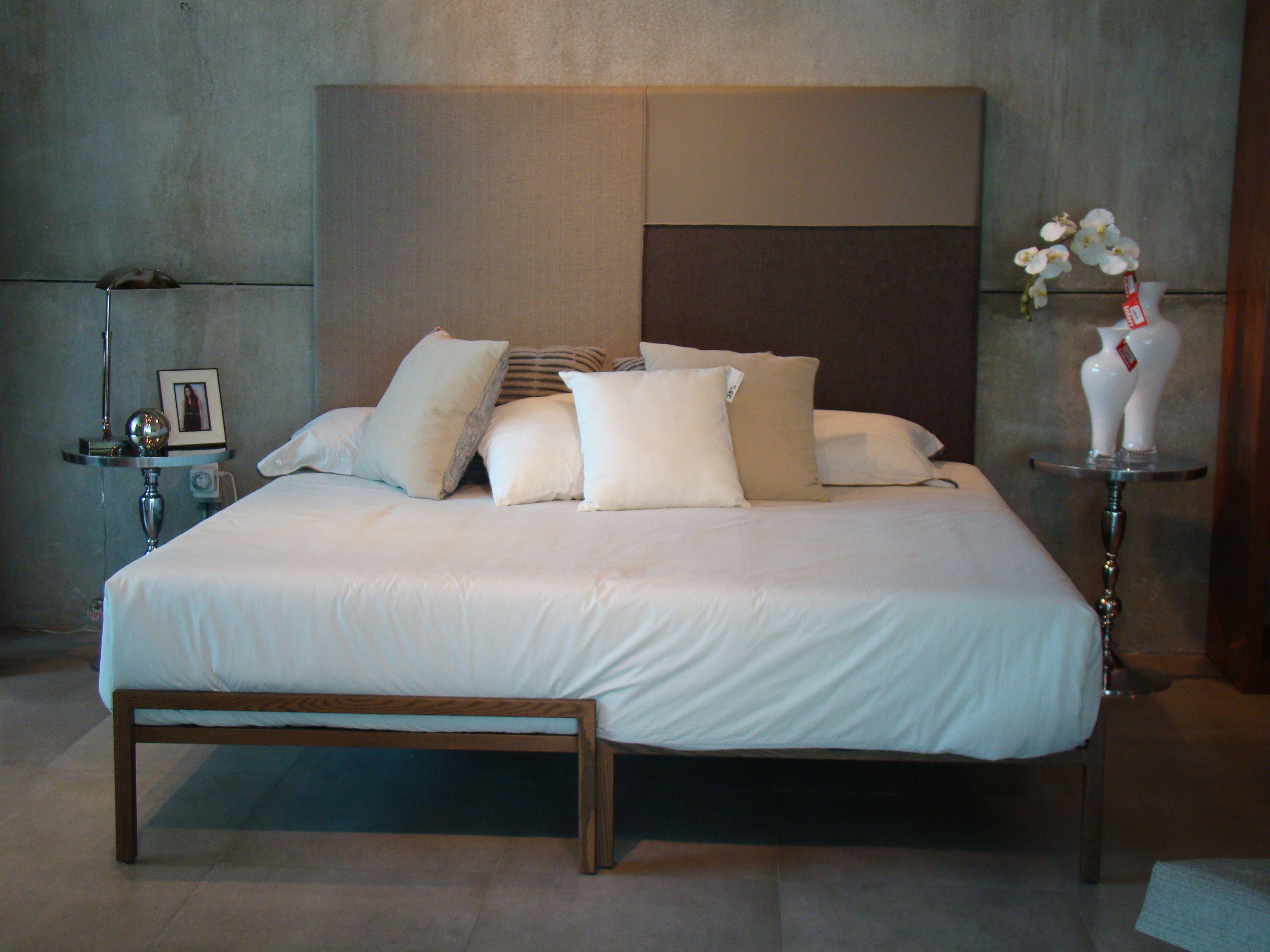 Cama W2 Cabecera tapizada en tela y piel, base de madera de roble ...