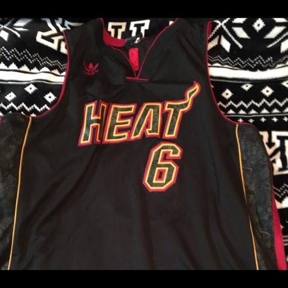 Limited edition james jersey | Clothes