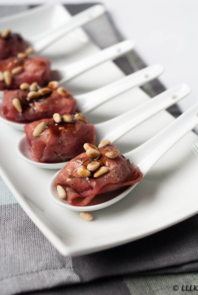 Kerst: Rookvlees hapjes met roomkaas en champignons