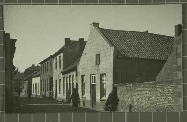 Beschrijving: Morregat en Hogesteenweg Locatie: Morregat; Parochie Sint Martinus (Centrum); Weert; Hogesteenweg;   Datering: -