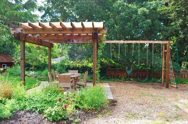 Pin von Matt Layher auf Garden | Pinterest | Pergola, Gartenlauben ...