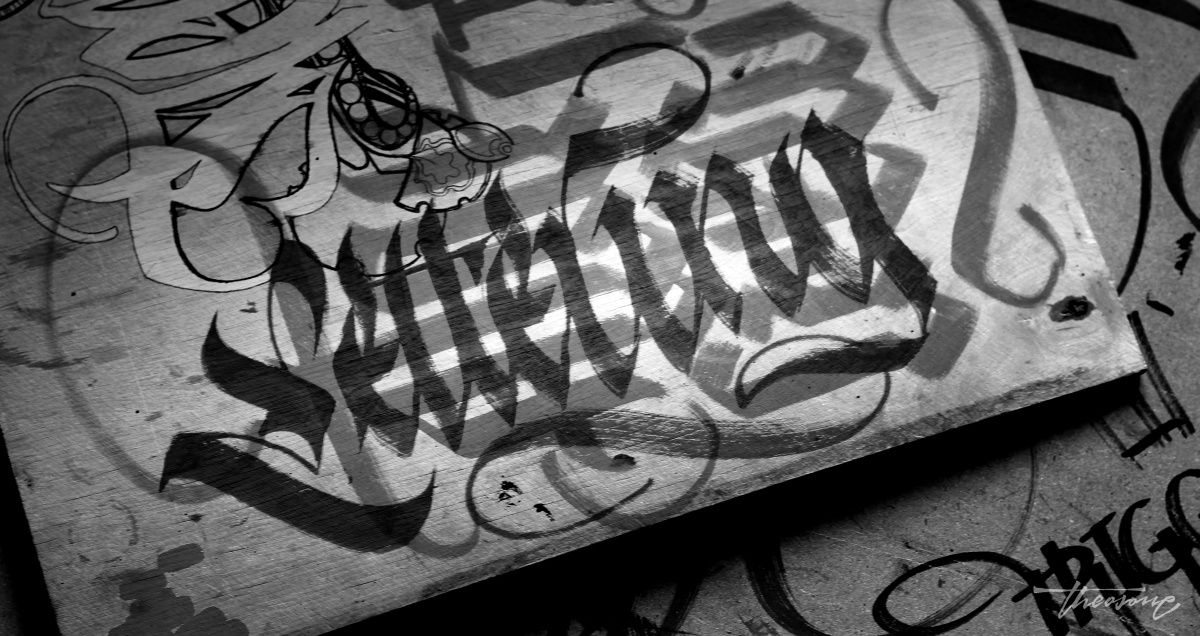 calligraphi.ca lettering molotow marker on plywood