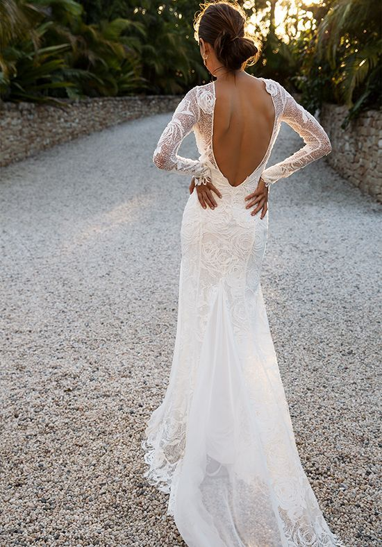 Lace Sleeves And Low Back Wedding Dress Grace Loves Lace Camille Http Trib Al Vuzyzos Wedding Dresses Lace Wedding Dresses White Lace Wedding Dress